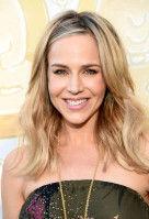 Julie Benz pic #787457