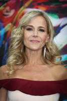 Julie Benz pic #860983