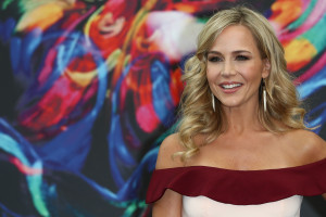 Julie Benz pic #861288