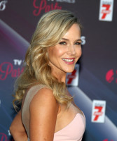 Julie Benz pic #860629