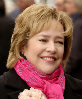 photo 4 in Kathy Bates gallery [id204100] 2009-11-20