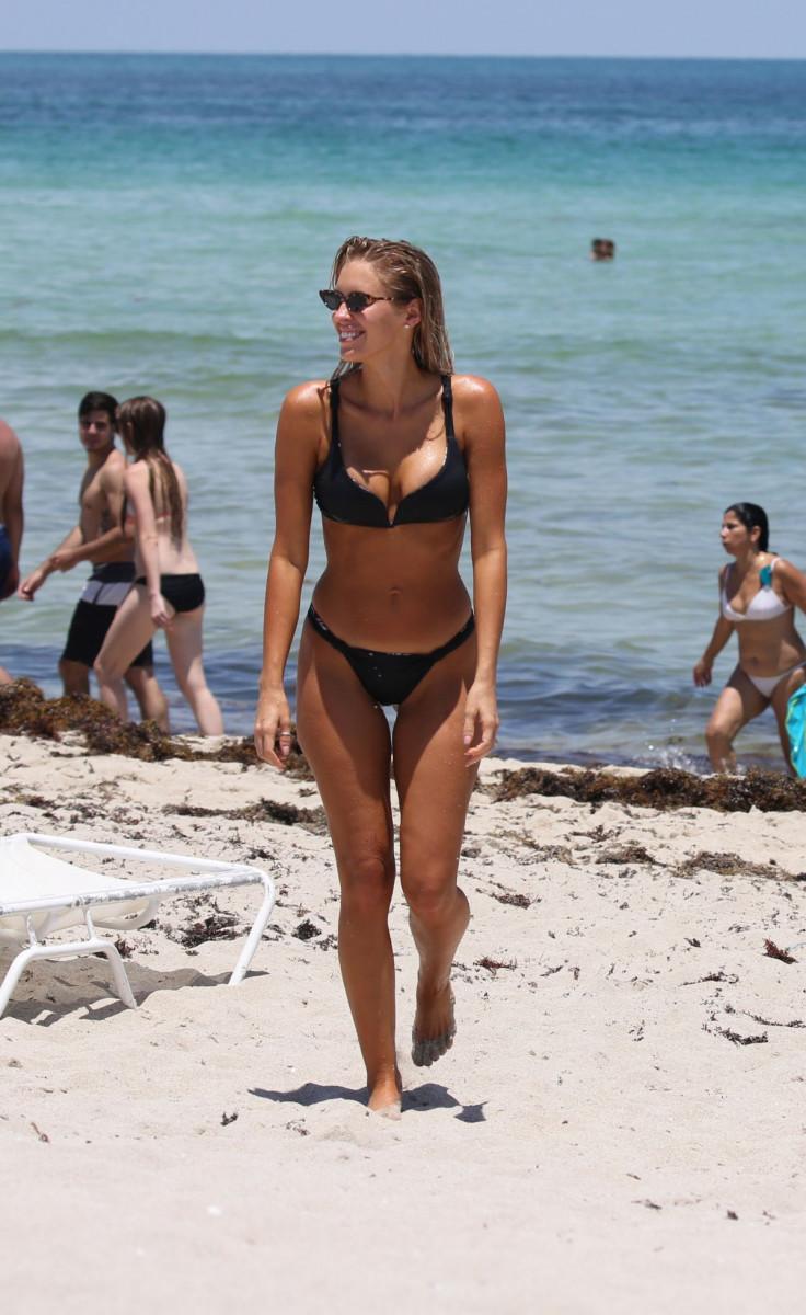 Kayla Rae Reid nudes (77 foto) Bikini, Facebook, in bikini