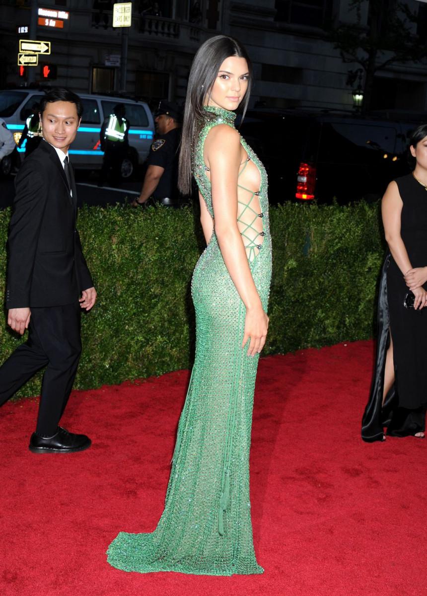 Kendall Jenner Cheerleader - Sitcoms Online Photo Galleries