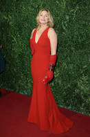 Kim Cattrall pic #745733