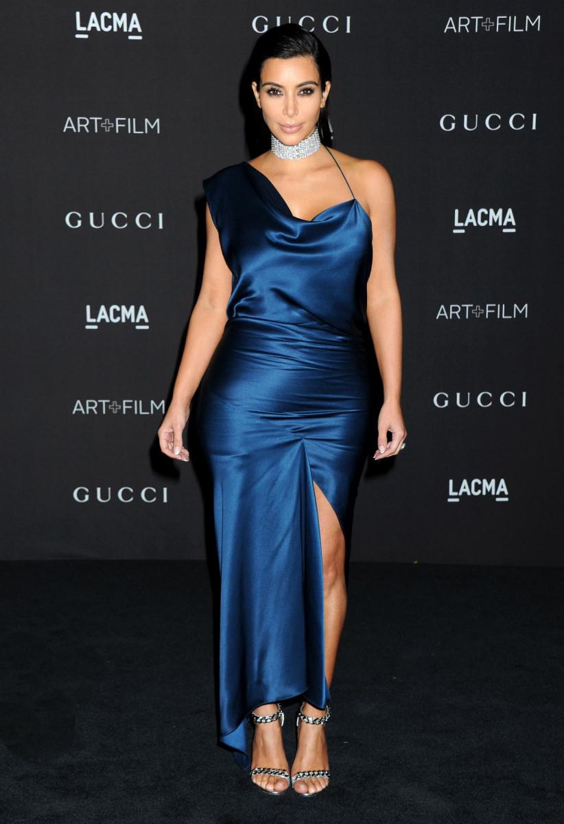 kim_kardashian_at_2014_lacma_art_film_gala_in_los_angeles_3-gthumb-gwdata1200-ghdata1200-gfitdatamax.jpg