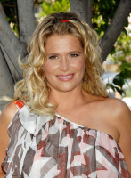 photo 14 in Kristy Swanson gallery [id540490] 2012-10-08