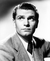 Laurence Olivier pic #367092