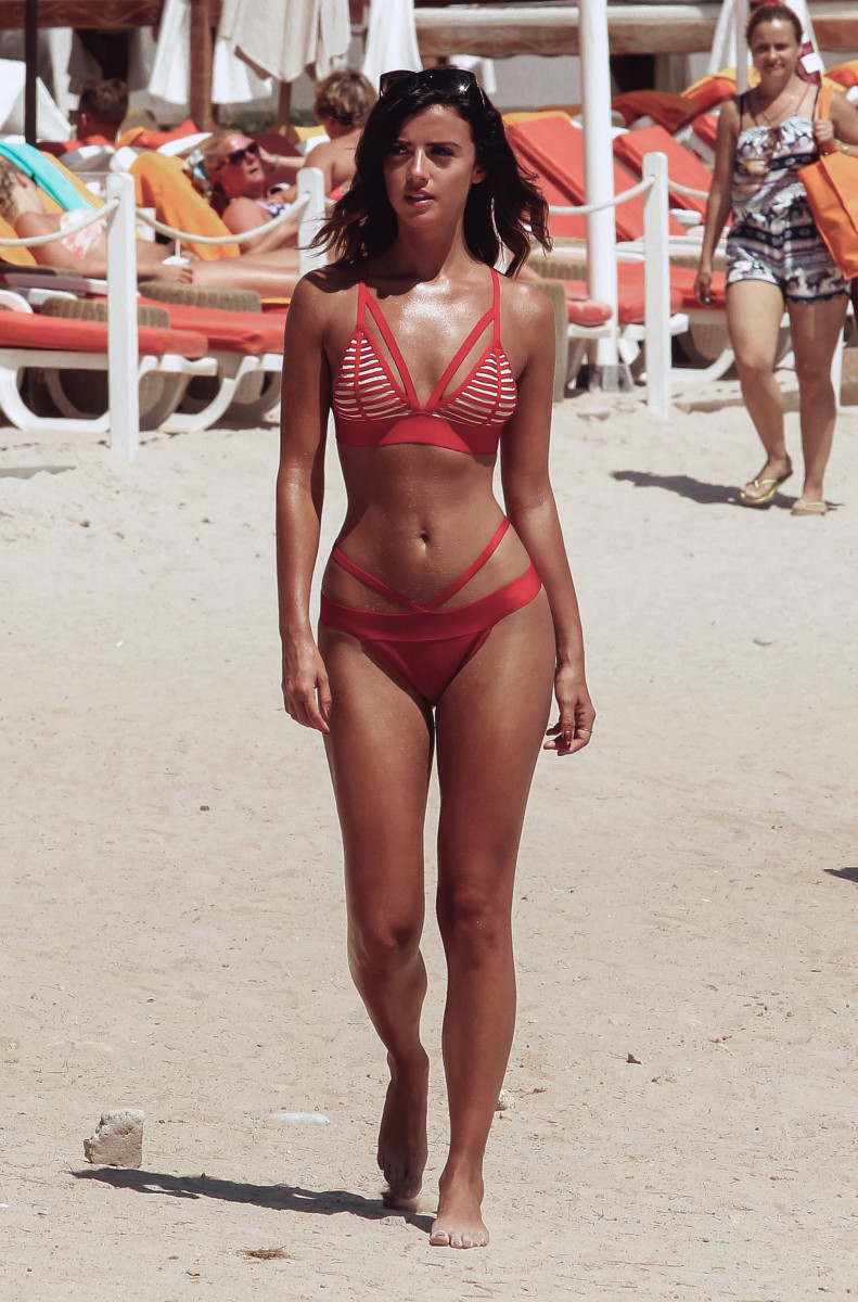 Lucy Mecklenburgh nudes (89 photo), Sexy, Is a cute, Instagram, swimsuit 2006
