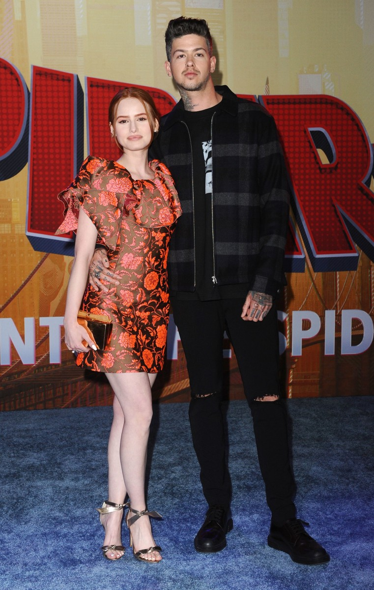 Madelaine Petsch: pic #1088677