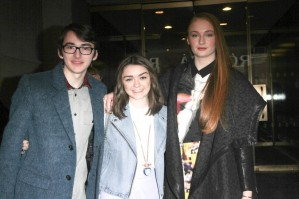 Maisie Williams pic #709396