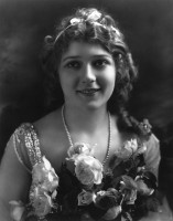 Mary Pickford pic #372535
