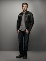 Max Thieriot pic #1237130