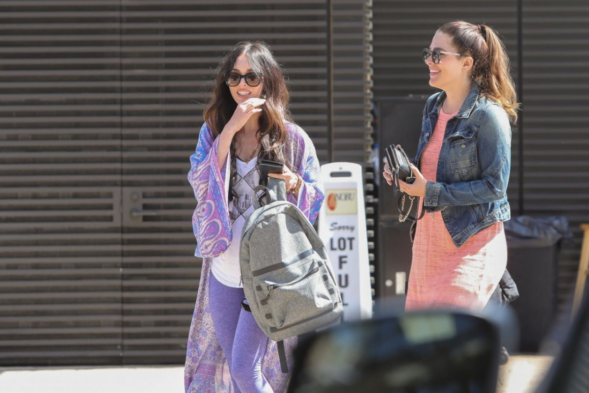 pictures Megan fox casual style at nobu in malibu