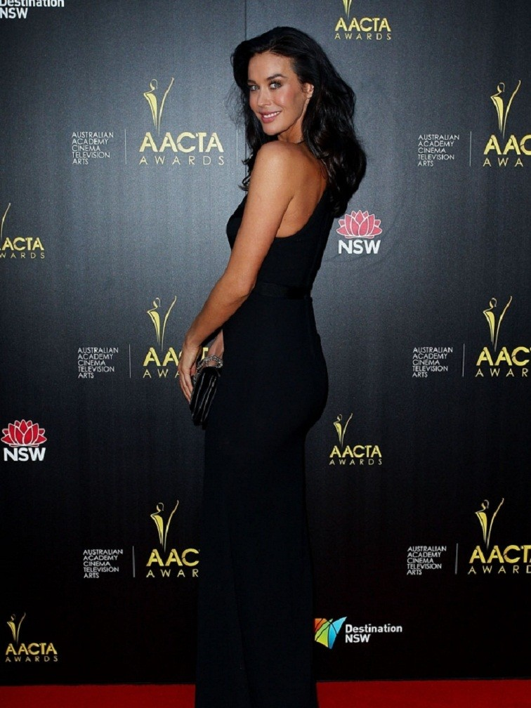 Megan Gale: pic #573779