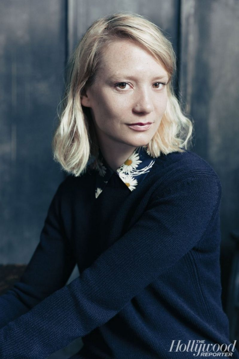 Communication on this topic: Anneka Di Lorenzo, mia-wasikowska/