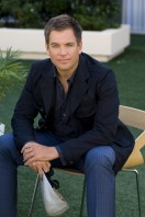 Michel Weatherly pic #227669