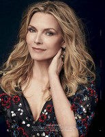 Michelle Pfeiffer pic #1185190