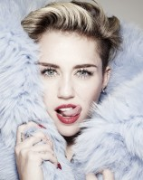 Miley Cyrus pic #665144