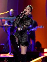Miley Cyrus pic #965684