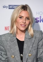 photo 7 in Mollie King gallery [id1086158] 2018-11-23