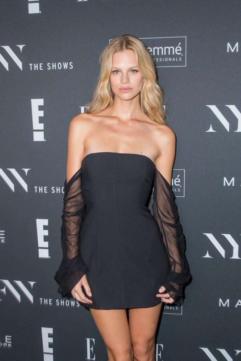 Bikini Taylor Momsen nude photos 2019