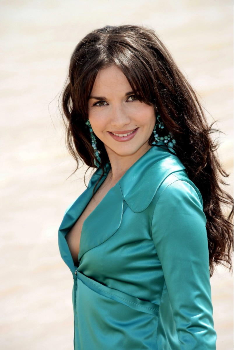Natalia Oreiro photo 364 of 1796 pics, wallpaper - photo ...