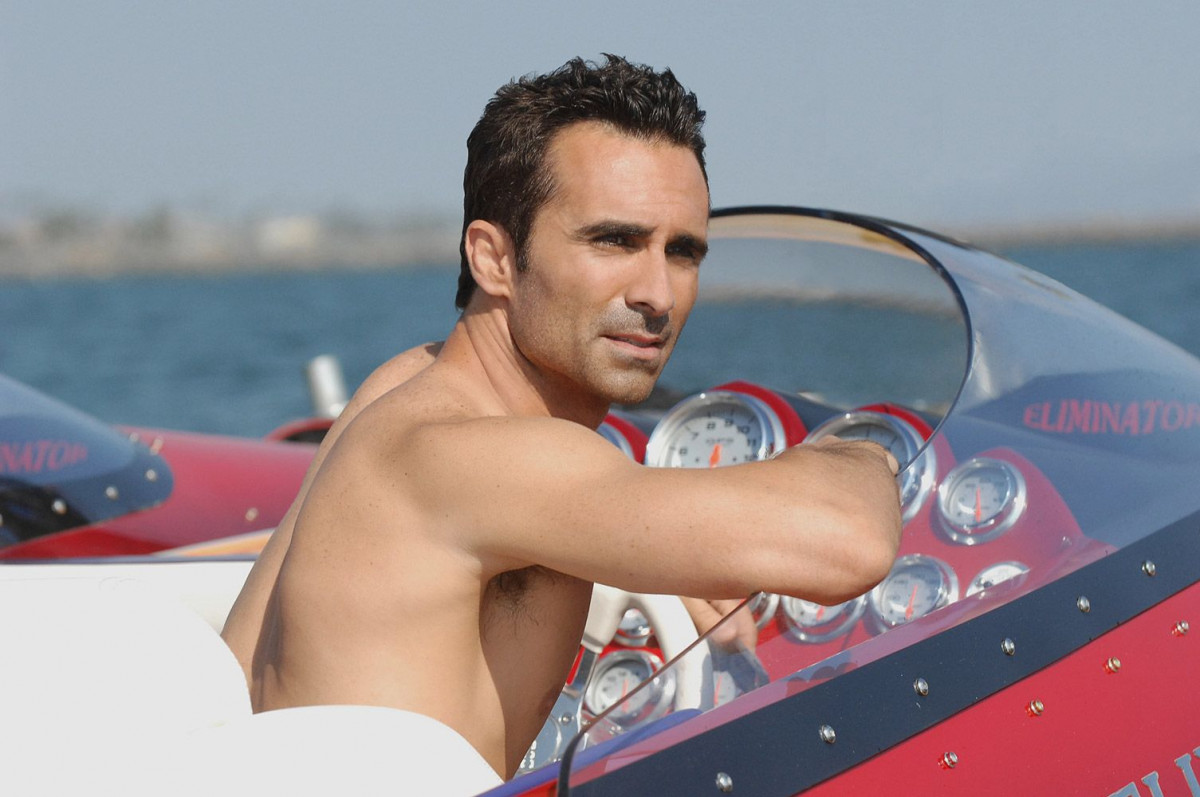 Nestor Carbonell: pic #1249252