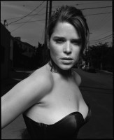 Neve Campbell pic #769005