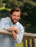 Noah Wyle pic #279285