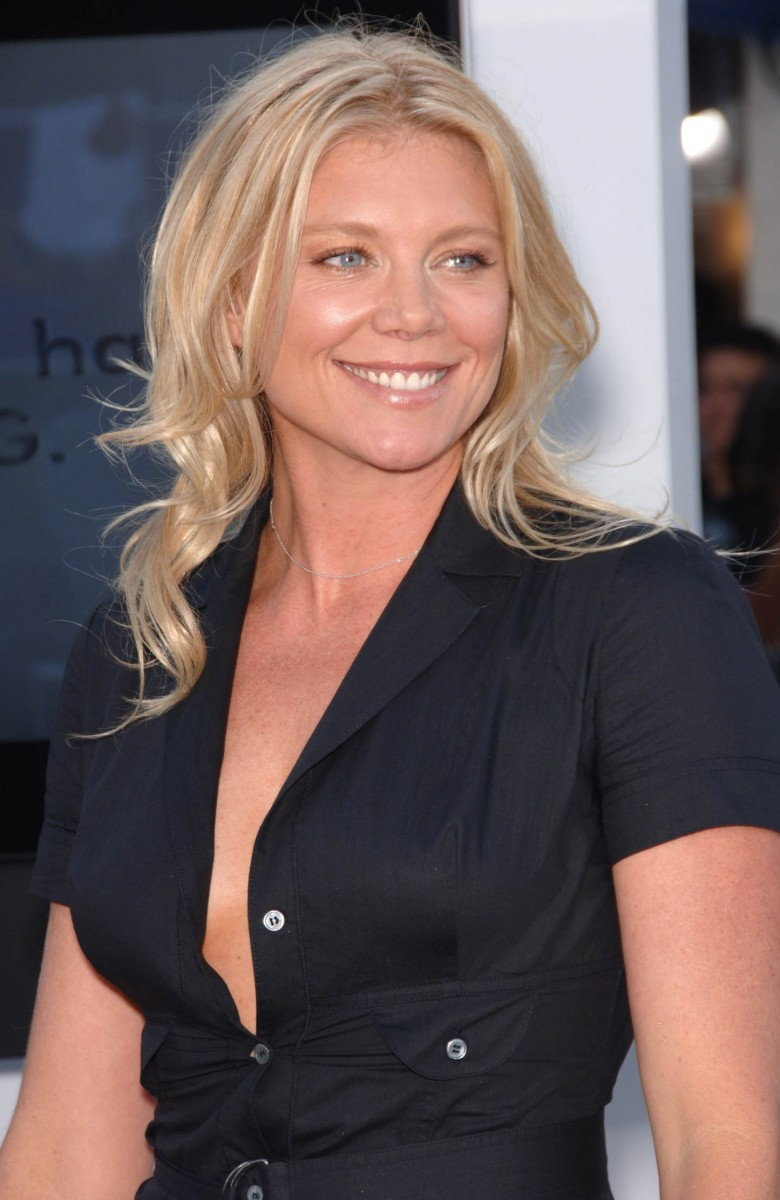 Peta Wilson Nude Photos 19