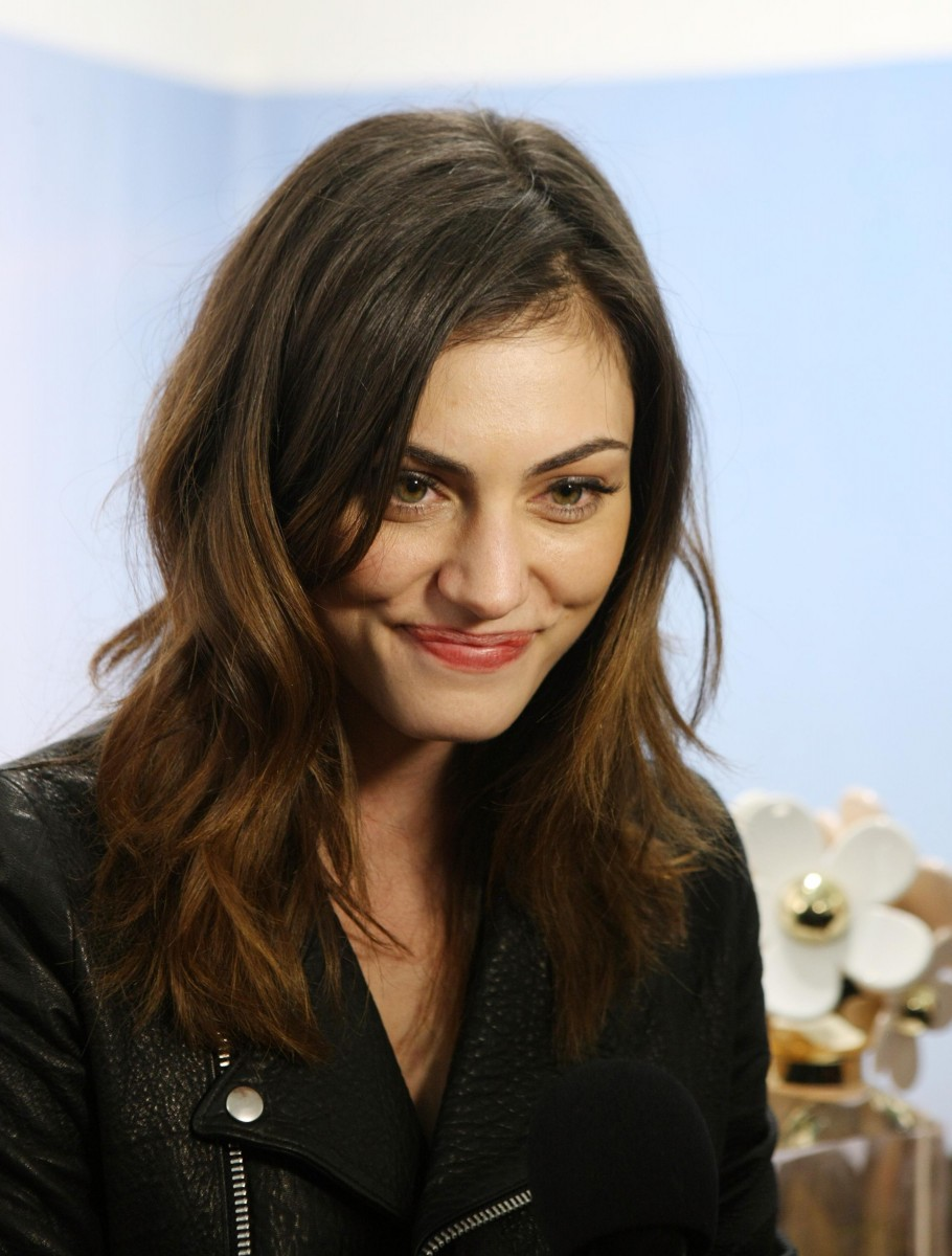 Phoebe Tonkin Photo 338 Of 820 Pics Wallpaper Photo