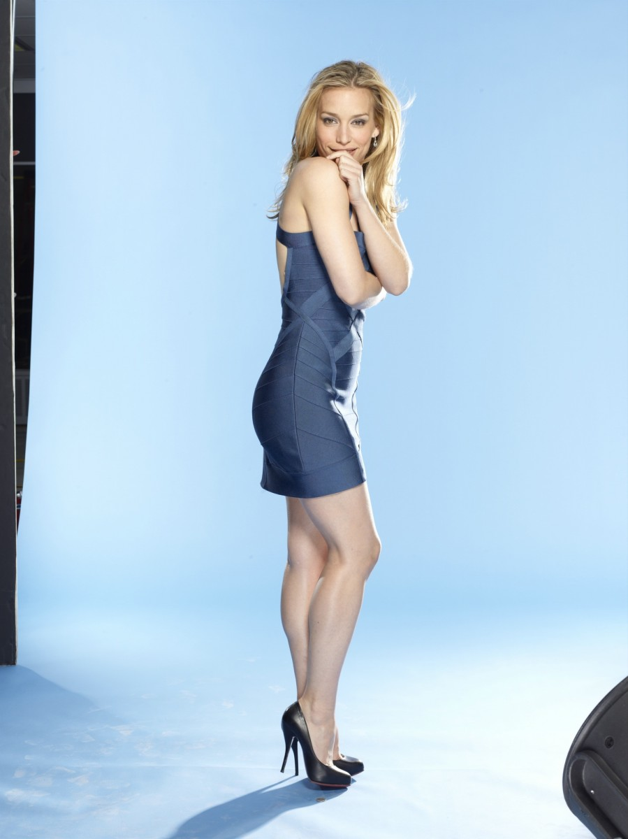 Discussion on this topic: Emily Alyn Lind, piper-perabo/