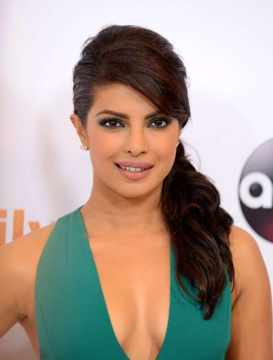 Priyanka Chopra HD Wallpaper Background Image x ID