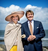 Queen Maxima of Netherlands pic #778548