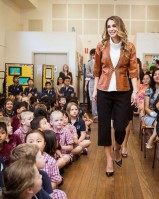 Queen Rania pic #956042