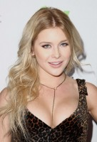Renee Olstead pic #799220