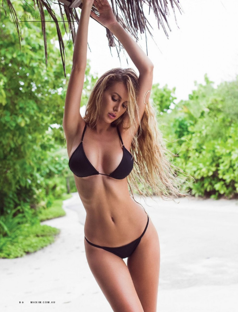 Fappening Renee Somerfield naked photo 2017