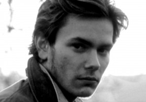 photo 24 in River Phoenix gallery [id33799] 0000-00-00