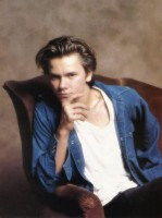 photo 19 in River Phoenix gallery [id54273] 0000-00-00