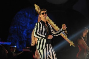 photo 25 in Robin Thicke gallery [id629584] 2013-09-02