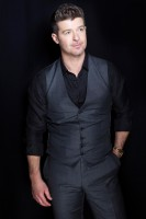 Robin Thicke pic #1030261