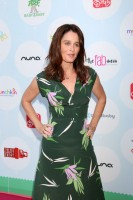 Robin Tunney pic #966033
