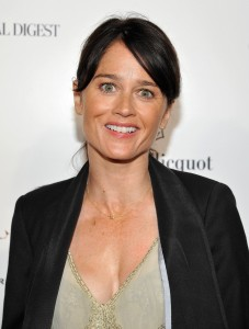 Robin Tunney pic #496688