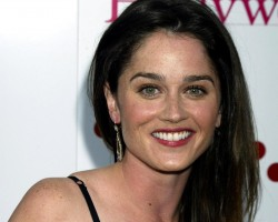 Robin Tunney pic #541596