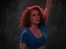 Robyn Lively pic #972289