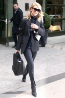 Rosie Huntington-Whitely pic #1098932