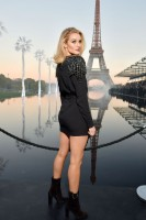 Rosie Huntington-Whitely pic #1074983