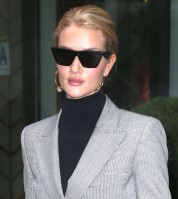 Rosie Huntington-Whitely pic #1027155