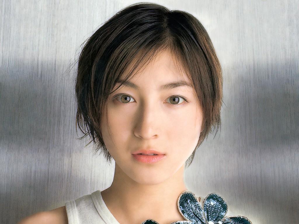 foto Ryoko Hirosue