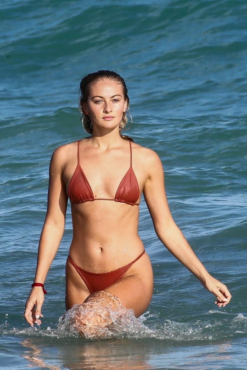 Selena Weber Nude Photos 54